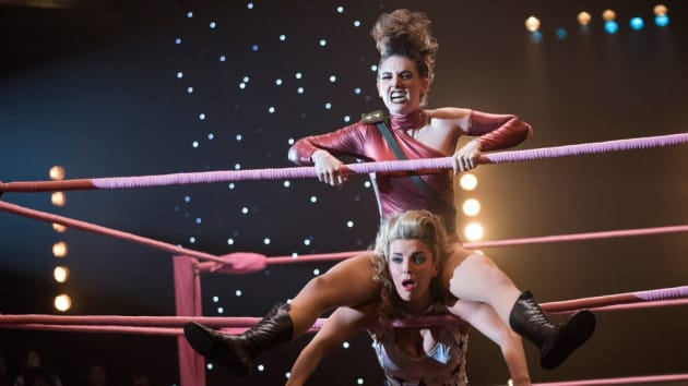 GLOW's Sudden Cancelation Leaves Too Many Storylines Hanging