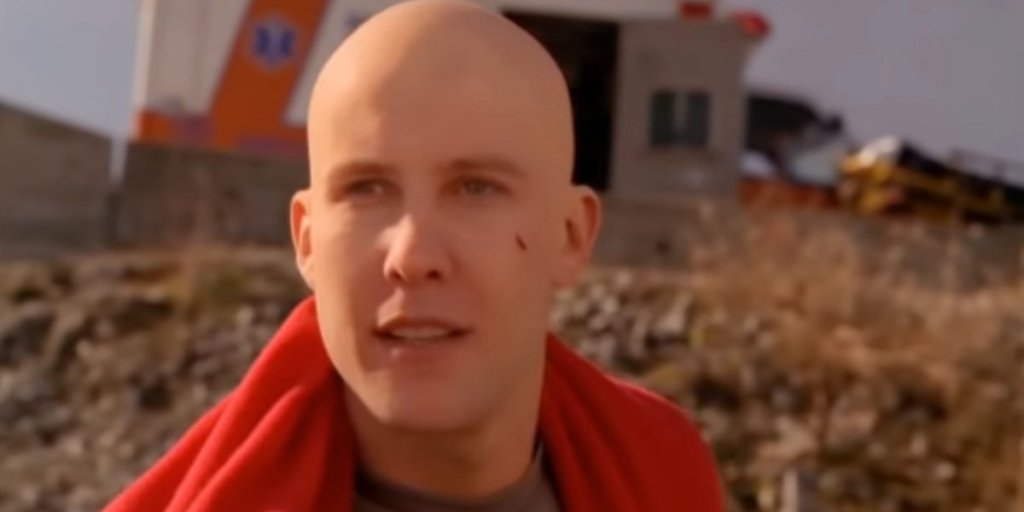 Smallville Alum Michael Rosenbaum Playfully Trolls Fellow Lex Luthor Actor Jon Cryer
