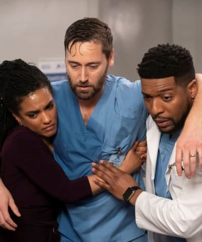 Max Leans on Friends - tall - New Amsterdam Season 3 Episode 12