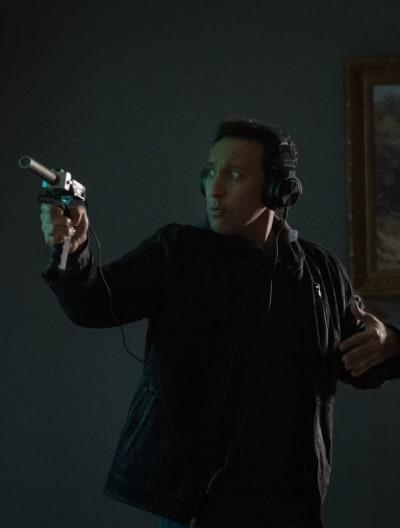 Ben on the Hunt - EVIL Season 2 Episode 1