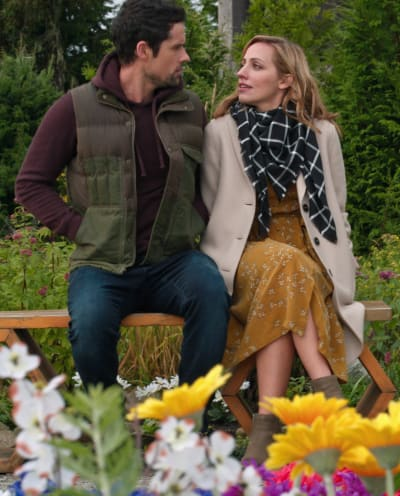 Date in a Garden - tall - Virgin River Season 3 Episode 6