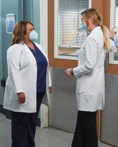 New School Versus Old  - Grey's Anatomy Season 17 Episode 17