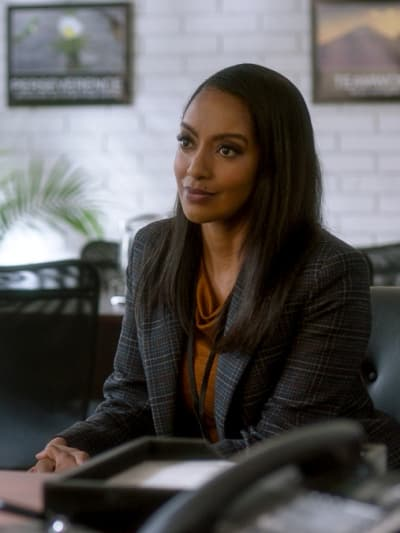 Kelly - Supergirl Season 6 Episode 9