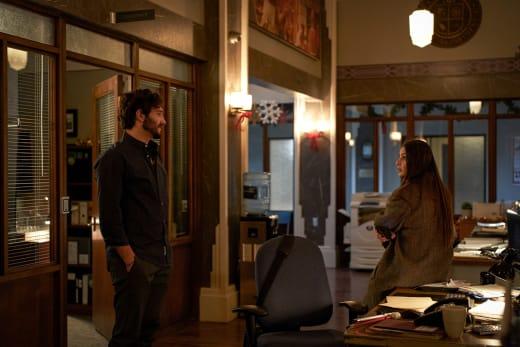 Suspicion Among Colleagues  - In The Dark Season 3 Episode 11
