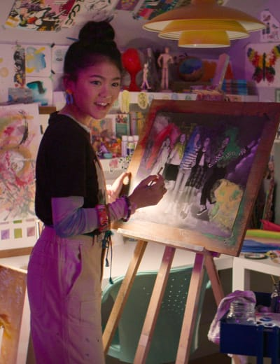 Claudia Painting-tall The Baby-Sitters Club Season 2 Episode 7