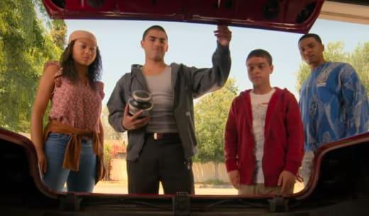 Finding the Impala - On My Block Season 4 Episode 7