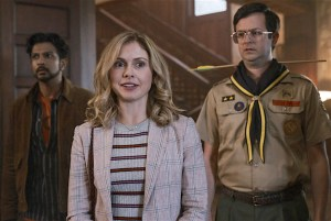 ghosts-review-cbs-comedy-rose-mciver.jpg