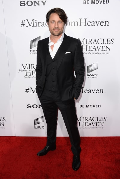 """Martin Henderson """"Miracles From Heaven"""" - Arrivals"""