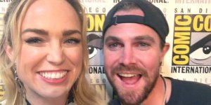 Arrow Caity Lotz Stephen Amell Legends of Tomorrow