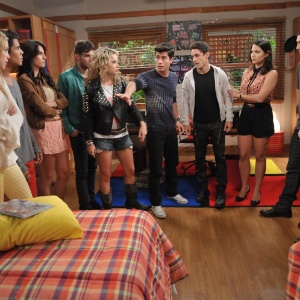 """Cena de """"Rebelde"""", que será substituída por outra adaptação da Televisa"""
