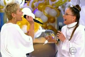 Xuxa recebe a notícia da quiróloga Regina Shakti