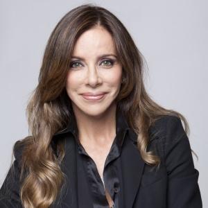 A empresária Cristiana Arcangeli, que vai apresentar o reality o Extreme Makeover Social, a partir do dia 25 de setembro de 2010, na Record