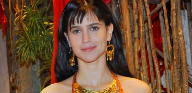 https://i2.wp.com/tv.i.uol.com.br/televisao/2010/09/14/a-atriz-mel-lisboa-sera-protagonista-da-serie-sansao-e-dalila-da-record-1592010-1284497321112_615x300.jpg
