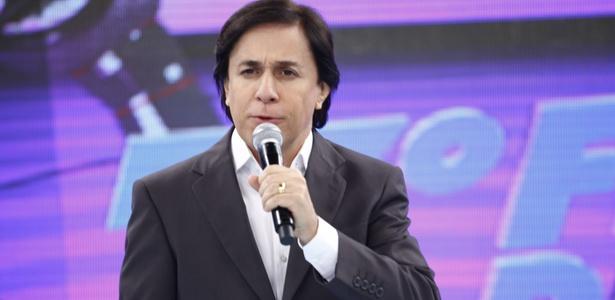 O apresentador Tom Cavalcante apresenta o 7º Festival de Piadas do Show do Tom na Record (31/1/2011)