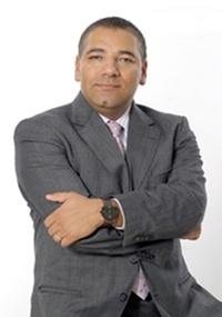 https://i2.wp.com/tv.i.uol.com.br/televisao/2011/04/14/fabiano-freitas-sera-o-novo-presidente-do-comite-artistico-da-record-14411-1302822945422_200x285.jpg