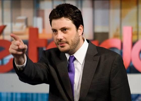 Danilo Gentili apresenta o Agora é Tarde (26/7/11)