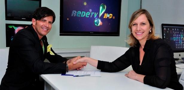 Robert Rey e Mônica Pimentel, superintendente artística da RedeTV! (24/2/12)
