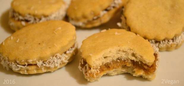 biscuiti-cu-crema-de-smochine