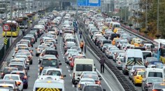 Ocak'ta 2 bin 46 araç trafikten men edildi