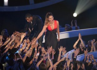 Nina MTV Video Music Awards 30