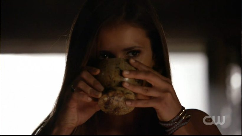 The Vampire Diaries 6x01 Screen Grab Elena