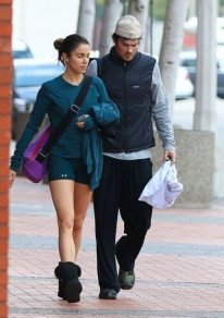 Ian Somerhalder and Nikki Reed YOGA 10