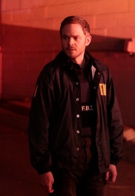 The Following 3x02-11