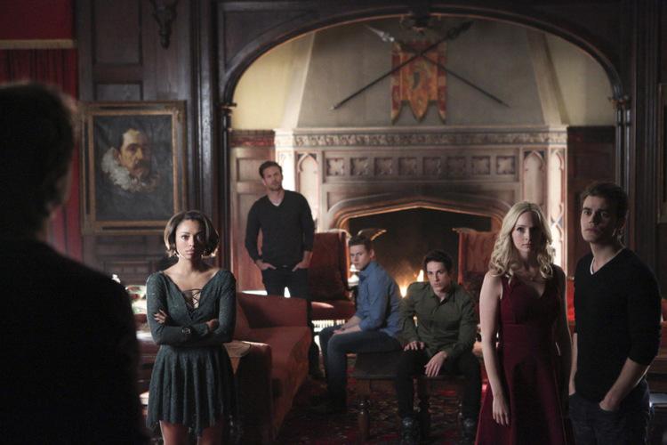 The Vampire Diaries 6x22-1