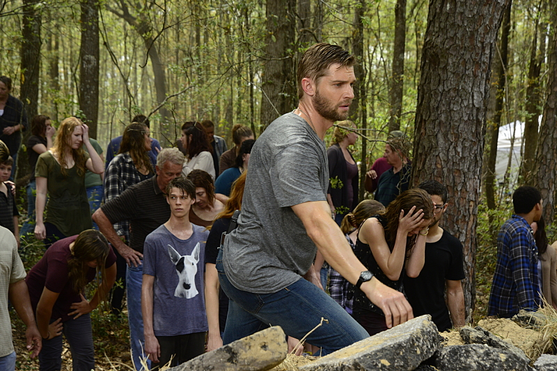 Under the Dome 3x03-8
