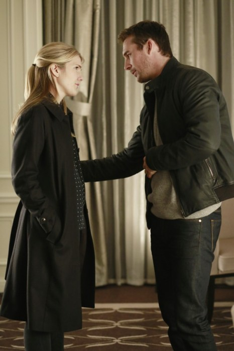 The Whispers 1x12-3 / LILY RABE, BARRY SLOANE