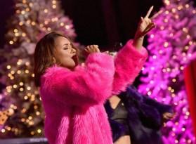 Kat Graham - Hollywood Christmas Parade 14