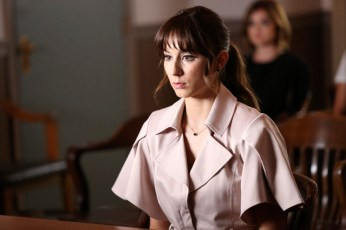 Pretty Little Liars 6x11 -TROIAN BELLISARIO