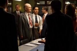 Agent Carter 2x04 - KURTWOOD SMITH, REY VALENTIN