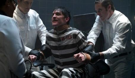 Gotham 2x13-1