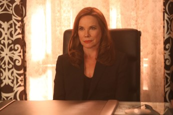 Once Upon A Time 5x12 - BARBARA HERSHEY