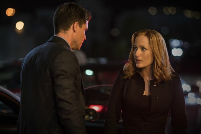 """The X-Files 10x06 """"My Struggle II"""" Synopsis, Photos & Preview [FINALE]"""