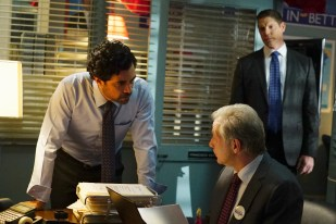 Scandal 5x15 - DANNY PINO, JEFF PERRY, BRIAN LETSCHER