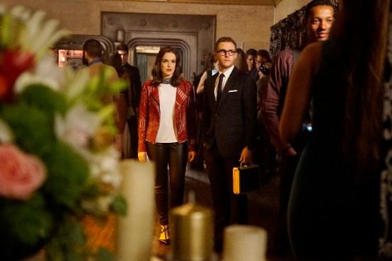 Agents of S.H.I.E.L.D. 3x18 - ELIZABETH HENSTRIDGE, IAIN DE CAESTECKER