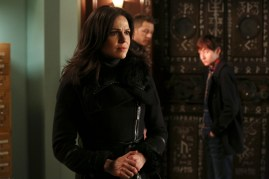 Once Upon A Time 5x20 - LANA PARRILLA, JOSH DALLAS, JARED GILMORE