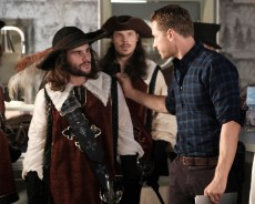 Once Upon A Time 6x02 - THOMAS GASIOR, JOSH DALLAS