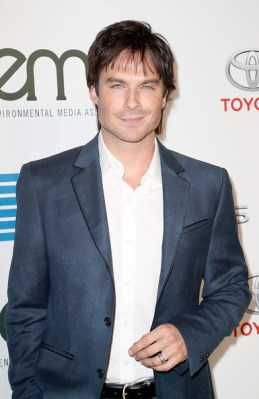 ian-somerhalder-2016-ema-awards-6