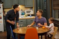 Baby-Daddy-6x02-03