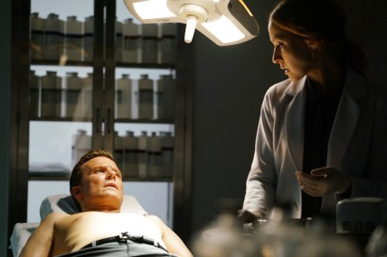 TIME AFTER TIME 1x05 - WILL CHASE, JENNIFER FERRIN