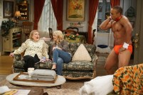 Young-Hungry-5x02-10