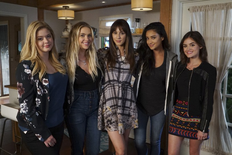 BTS Pretty Little Liars 7x12 -SASHA PIETERSE, ASHLEY BENSON, TROIAN BELLISARIO, SHAY MITCHELL, LUCY HALE