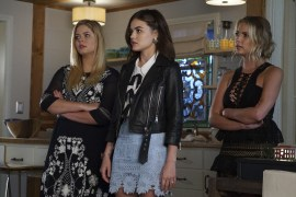 Pretty Little Liars 7x12 - SASHA PIETERSE, LUCY HALE, ASHLEY BENSON
