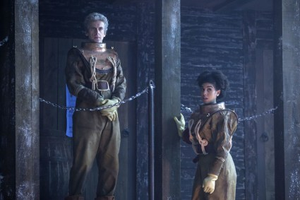 Doctor Who 10x03 - 15