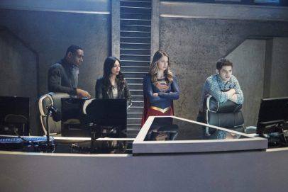 Supergirl 2x19-10