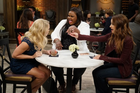 Young & Hungry 5x07 - 12