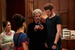 Doctor Who 10x04 - 19